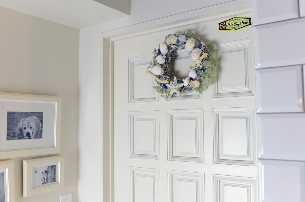 SHELL WREATH DOOR2